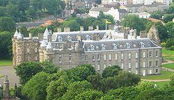 250px-Holyrood_Palace_dsc06059