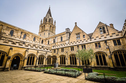fs440x440px-Christ_Church_Oxford_16